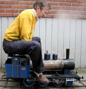 Steam whistle squirt - 3 2